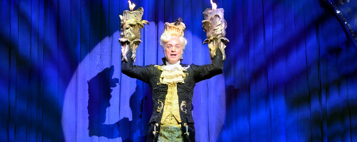 Achter de schermen: Tony Neef als Lumière in Beauty and the Beast