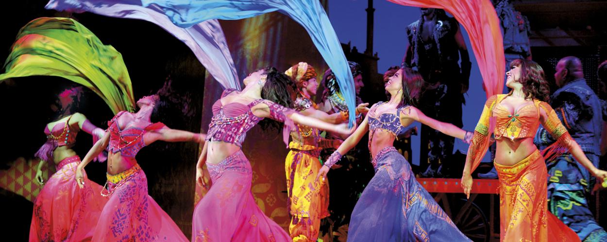 Eerste scènebeelden van Aladdin Londen gepubliceerd