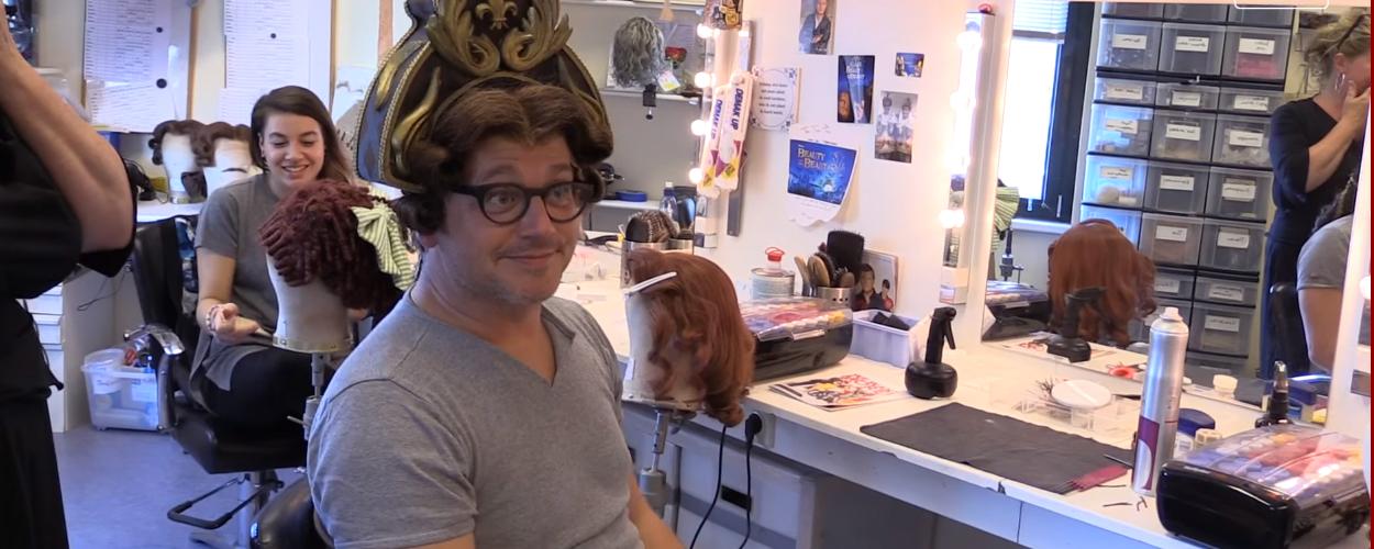 Guus Meeuwis op bezoek bij Beauty and the Beast voor Groots met een zachte G