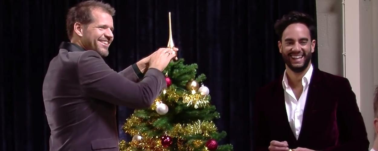 Freek Bartels, René van Kooten en Charly Luske vieren kerst in Chassé Theater