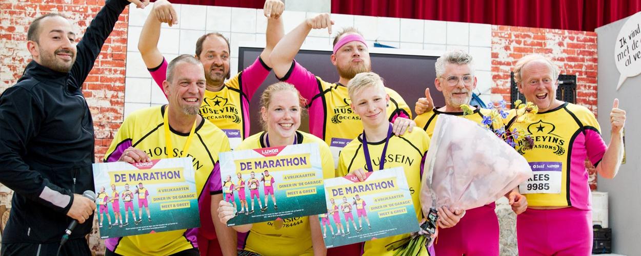 De Marathon: Nederlands record loopband lopen gevestigd in Nieuwe Luxor Theater