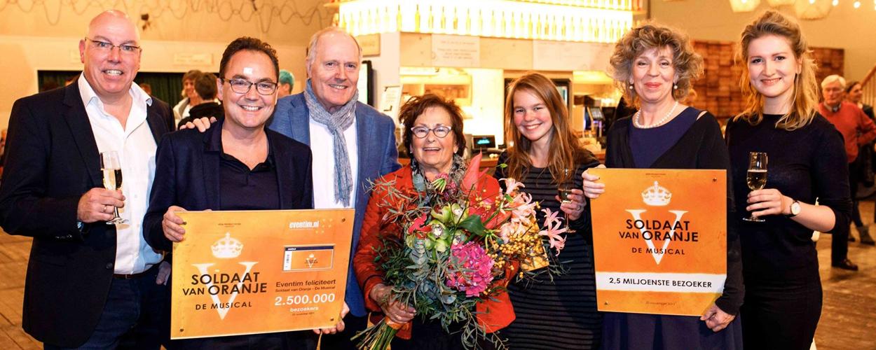 Soldaat van Oranje ontvangt 2,5 miljoenste bezoeker