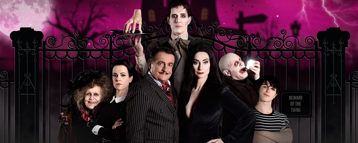 Cast The Addams Family compleet