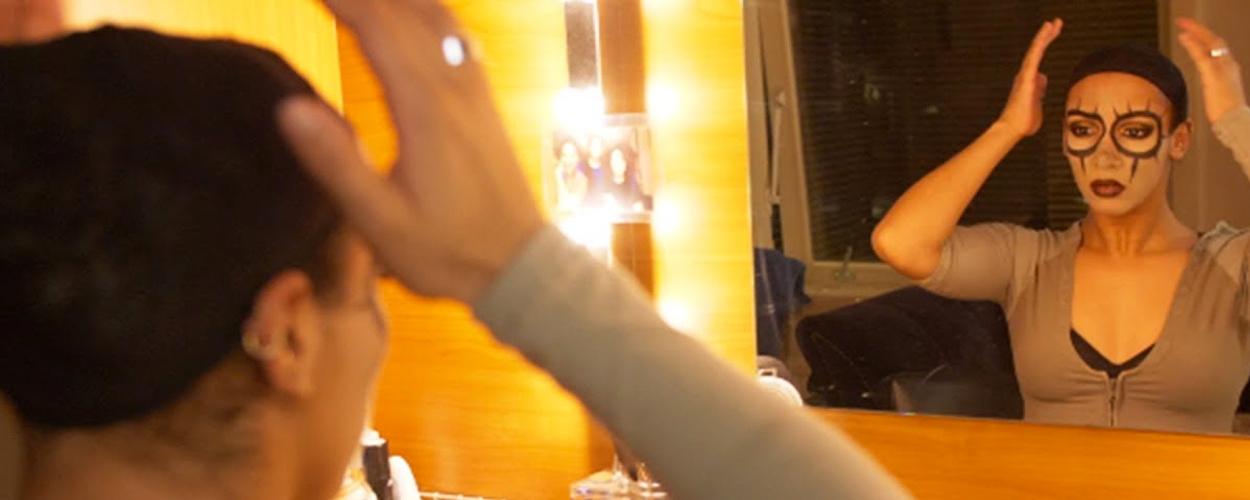 Achter de schermen: Naomi Webster als Shenzi in The Lion King