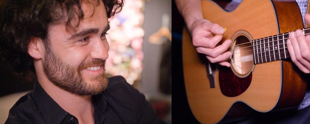 Achter de schermen: De gitarist van On Your Feet!