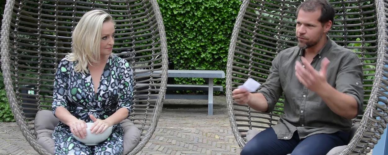 Lone van Roosendaal en René van Kooten beantwoorden vragen van fans