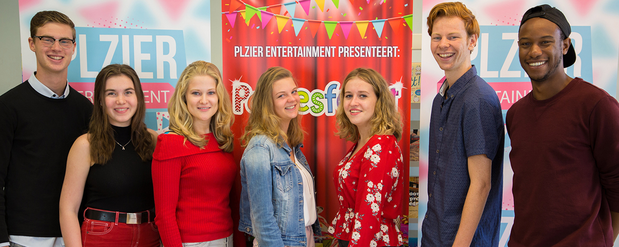 Repetities Sinterklaasvoorstelling Pakjesfeest feestelijk van start