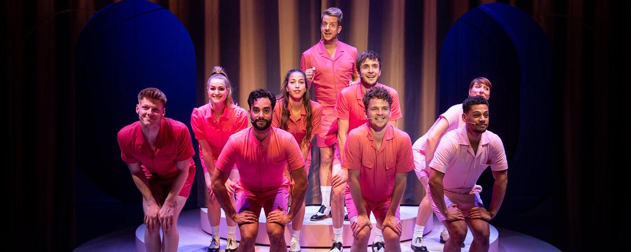 Recensie: Showponies 2: De bonte Alex Klaassen revue (3.5 sterren)