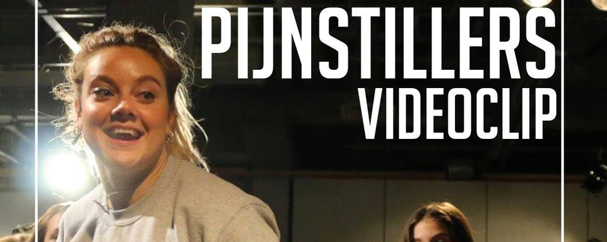 Bekijk de videoclip van de musical Pijnstillers