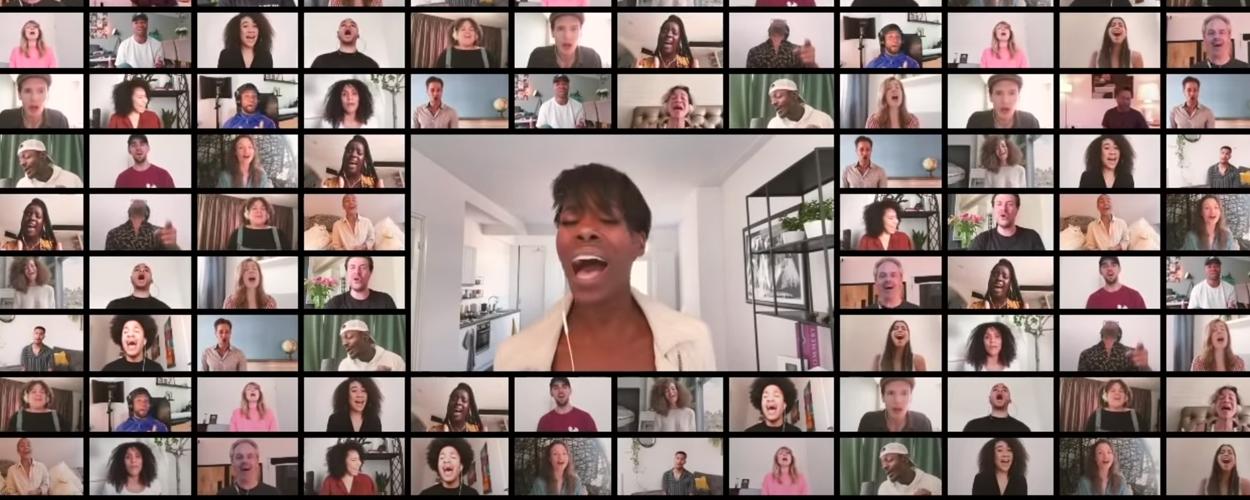Cast TINA – De Tina Turner Musical zingt 'Iedereen heeft helden nodig'