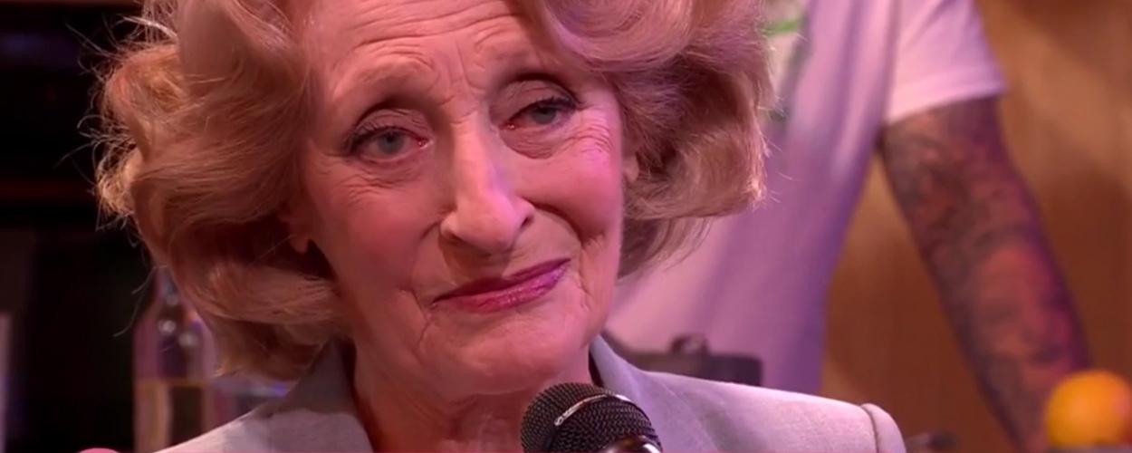 Gerrie van der Klei zingt Lang Gewacht uit Diana & Zonen