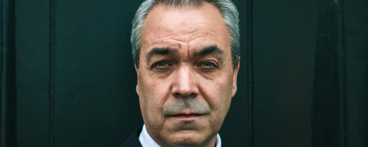Wim van den Driessche in Come From Away als Claude Elliott
