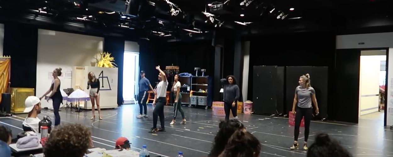 Vlog 2: Achter de schermen bij de repetities van Aladdin