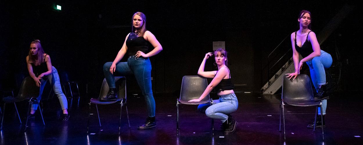 Sidera Theaterproducties presenteert in 2022 Bad Girls de musical
